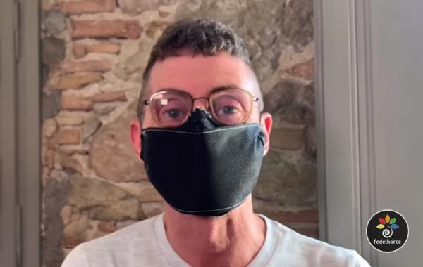 Fedelhorce fabrica mascarillas para proteger a los empleados de sus asociados